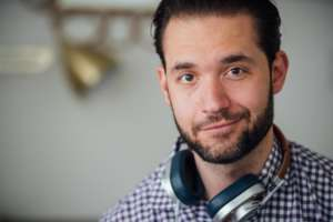 alexis ohanian header 3 2 0 300x200 - Alexis Ohanian: Creating the front page of the internet
