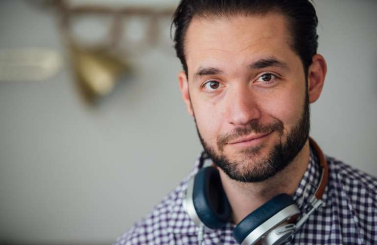 alexis ohanian header 3 2 0 770x501 - Alexis Ohanian: Creating the front page of the internet